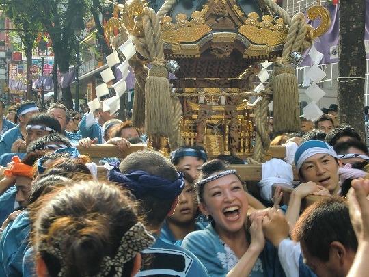 acura acupuncture clinic blog-金王祭り